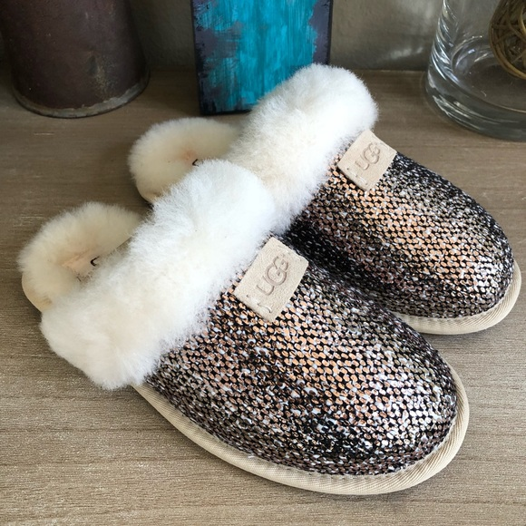 5a478a74ab8 NEW in box 🎁 UGG Scuffette II Frill Slippers NWT
